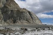 Konkordiahütten SAC (2850müM), 150 m über dem Gr. Aletschgletscher. Die Metalltreppe hilft...
