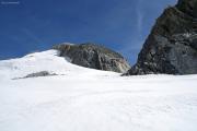 Studergletscher; Oberaarjochhütte SAC unterhalb des Oberaarhorns