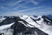 Aufstieg aufs Oberaarhorn; Oberaarrothorn, Galmihorn, Wasenhorn (vlnr)
