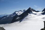 Oberaarjochhütte SAC (3256müM); Matterhorn, Weisshorn, Wannenhorn, Finsteraarrothorn (vlnr), Studergletscher