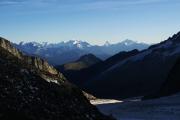 Oberaarjochhütte SAC (3256müM); Panorama mit Monte Rosa, Mischabel, Matterhorn, Weisshorn