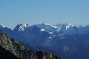 Oberaarjochhütte SAC (3256müM); Lagginhorn, Signalkuppe, Zumsteinspitze, Dufourspitze, Liskamm, Allalinhorn (vorne), Castor, (vlnr)