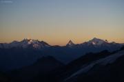 Oberaarjochhütte SAC (3256müM); Sonnenuntergang: Mischabel, Matterhorn, Weisshorn