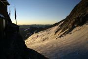 Oberaarjochhütte SAC (3256müM) morgens: Oberaargletscher