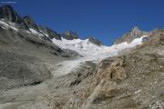 Oberaargletscher mit dem Oberaarjoch und dem Oberaarhorn und -rothorn (l)