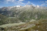 Am Sidelhorn; Grimsel- und Räterichsbodensee, Tieralpstock, Gärstenhörner, Galenstock (vlnr)