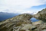 Grütlisee; Obergoms mit Mischabel und Matterhorn in der Ferne