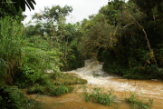 Sierra del Escambray, Parque Guanayara. Rio Melodioso