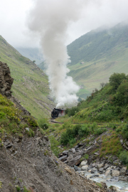 Zusatzzug mit HG3/4 4 kurz unterhalb Alt-Senntumstafel-Tunnel III