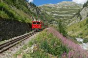 Dieselzug mit HGm 4/4 in der Rottenschlucht