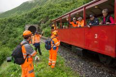 Wander-Express mit Tunnelinspektions-Team und anderen Kollegen vom DFB Bau beim Altsenntumstafel-Tunnel I