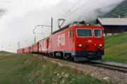 HGe 4/4 II 101 mit Glacier-Express in Nätschen. 1988