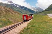 Glacier-Express unterhalb Oberalpsee. 1988