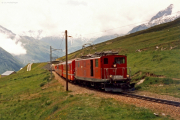 HGe 4/4 I 33 unterhalb Oberalpsee. 1988