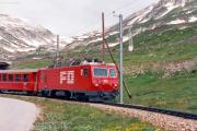 HGe 4/4 II 103 unterhalb Oberalppasshöhe GR. 1988