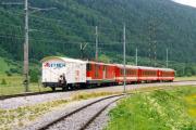 Deh 4/4 I 96 mit Zug nach Brig in Oberwald, 1997