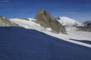 Cab. des Vignettes --> Cab. de Bertol |  Glacier du M. Collon. Aufstieg zum Col de l'Evêque. Petit M. Collon, Pigne d'Arolla