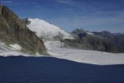 Cab. des Vignettes --> Cab. de Bertol |  Glacier du M. Collon. Aufstieg zum Col de l'Evêque. Pigne d'Arolla