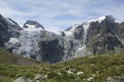Cab. des Vignettes --> Cab. de Bertol |  Plans de Bertol; Glacier du Mont Collon. Petit M. Collon, Pigne d'Arolla (r)