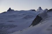 Cabane de Bertol CAS (3311müM) |  Glacier du Mont Miné. Matterhorn, Tête Blanche, Dent d'Hérens