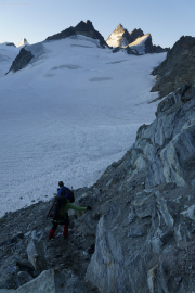Cab. de Bertol --> Schönbielhütte |  Glacier du Mont Miné, Dents de Bertol, Les Bouquetins
