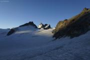 Cab. de Bertol --> Schönbielhütte |  Glacier du Mont Miné, Dents de Bertol, Les Bouquetins (vlnr)