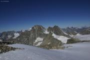 Cab. de Bertol --> Schönbielhütte |  Tête Blanche (3707müM); La Singla, Mont Blanc, Dents des Bouquetins, Le Pleureur (vlnr)