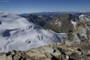 Cab. de Bertol --> Schönbielhütte    Tête Blanche (3707müM); Italien mit Monte Paradiso