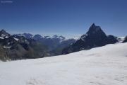 Cab. de Bertol --> Schönbielhütte |  Abstieg vom Tête Blanche über den Stockjigletscher. Mischabel bis Matterhorn