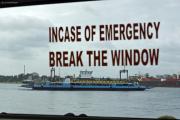 Mombasa. Hafen mit Fähre nach Likoni