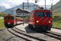 Oberalppass mit Glacier-Express und Pendelzug