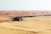 Sanddünen der Namib-Wüste mit Rivier Kuiseb. Flugaufnahme.