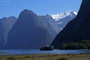 Milford Sound. Mt. Pembroke (2000müM) mit Gletscher