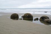 Moeraki Bolders. Zwischen Dunedin und Oamaru