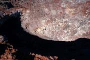 Mt. Ngauruhoe (2287müM). Krater