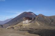 Tongariro Crossing. Red Crater und Mt. Ngauruhoe