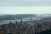 George Washington Bridge über den Hudson River nach New Jersey. Top of the Rock/Rockefeller Center