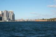 Lower Manhattan, Brooklyn und Manhattan Bridge, Governors Island. Staten Island Ferry