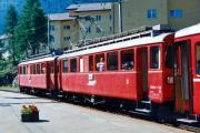 ABe 4/4 32 und 31 abfahrbereit in Pontresina. 1990