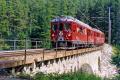ABe 4/4 43 überquert den Roseg-Bach oberhalb Pontresina. 1990