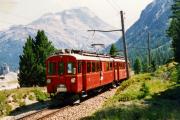ABe 4/4 32 und 31 zwischen Morteratsch und Surovas. 1990