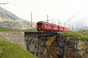 ABe 4/4 32 und 31 oberhalb Bernina Lagalb. 1990