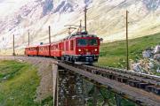 Gem 4/4 801 auf der unteren Berninabach-Brücke oberhalb Bernina Lagalb. 1990