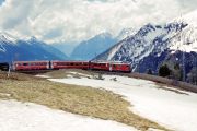 """ABe 4/4 41 umfährt die """"Rotonda"""" von Alp Grüm. 2001"""