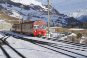 Regionalzug nach Pontresina verlässt Sagliains.