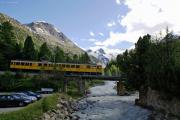 ABe 4/4 30 und 34 auf der Morteratschbach-Brücke bei Morteratsch