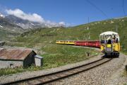 ABe 4/4 30 und 34 in der Bucht des Val Bügliet am Lago Bianco unterhalb Ospizo Bernina