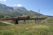 ABe 4/4 46 und 43 auf der oberen Berninabach-Brücke oberhalb Bernina Lagalb