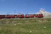 ABe 4/4 46 und 43 unterhalb der Galleria Arlas zwischen Bernina Lagalb und Ospizio Bernina