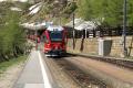 ABe 8/12 3503 erreicht Alp Grüm mit einem Regionalzug.
